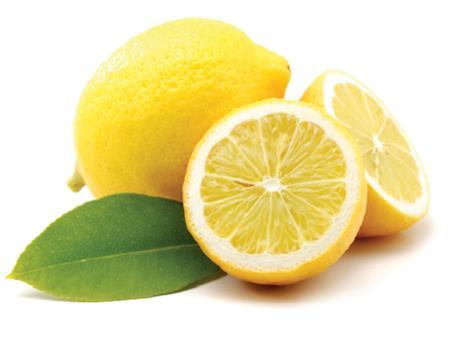 Лимон дарит волосам живой блеск