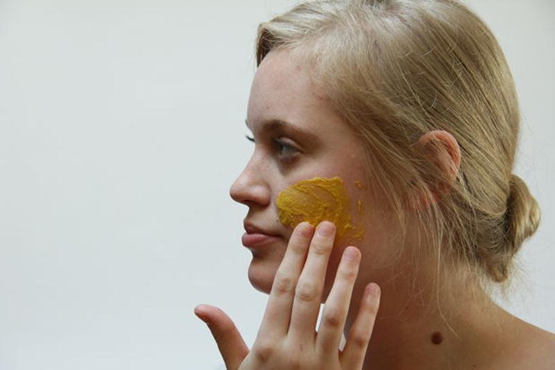 Применение горчицы на кожу лицевой области