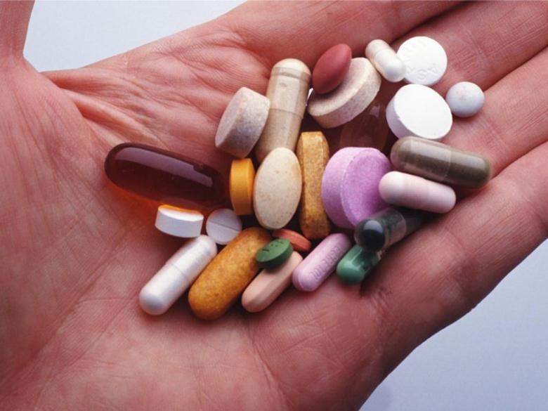 Полезные вещества в капсулах и таблетках