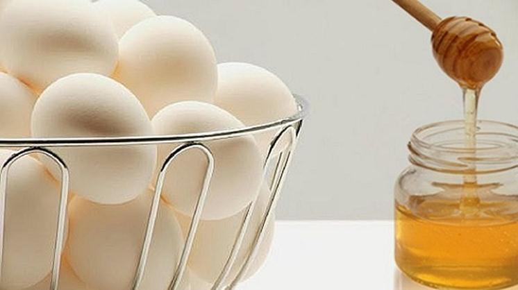 Продукт пчеловодства и куриные яйца