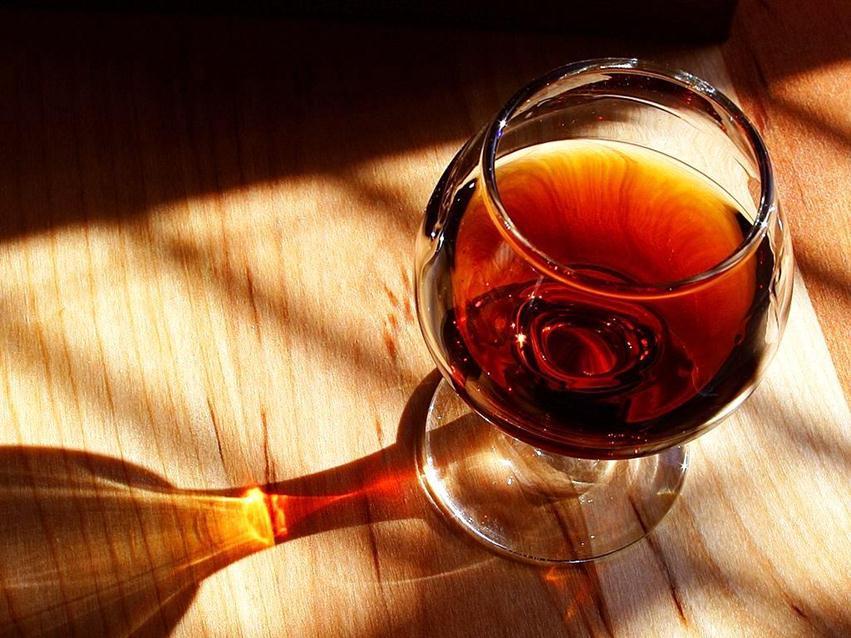 В Армении разработан стандарт для анализа подлинности вина и коньяка