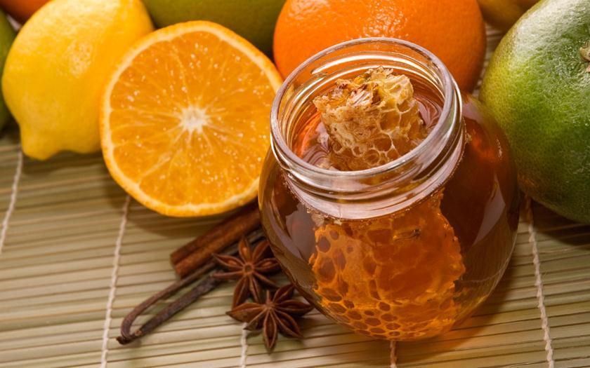 Лимон, корица, мед